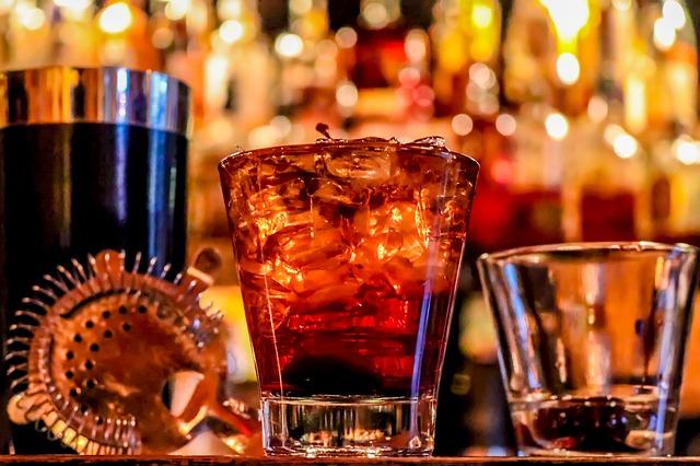 thumbnail image for blog Casta's Rum Bar: A Taste of Havana Near City Market at O